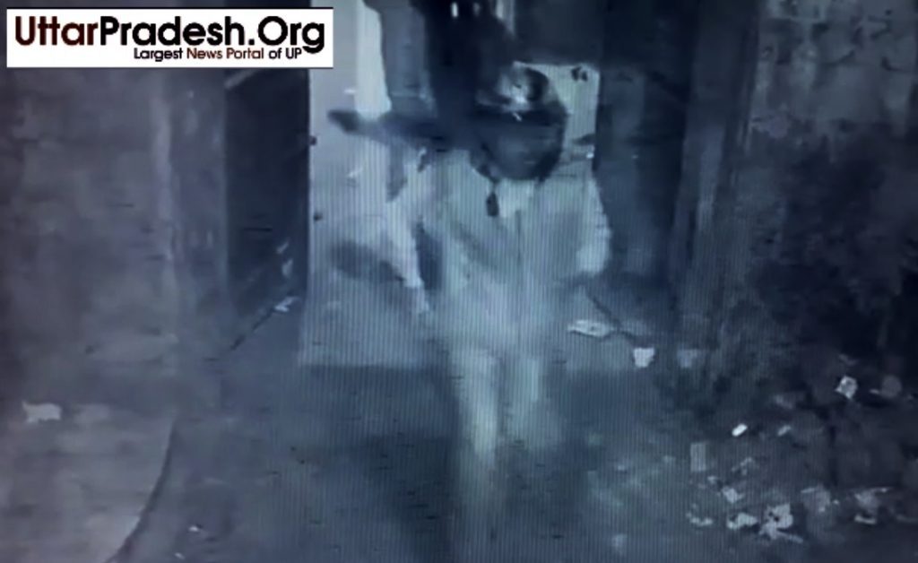 cctv footage robbery in chowk lucknow