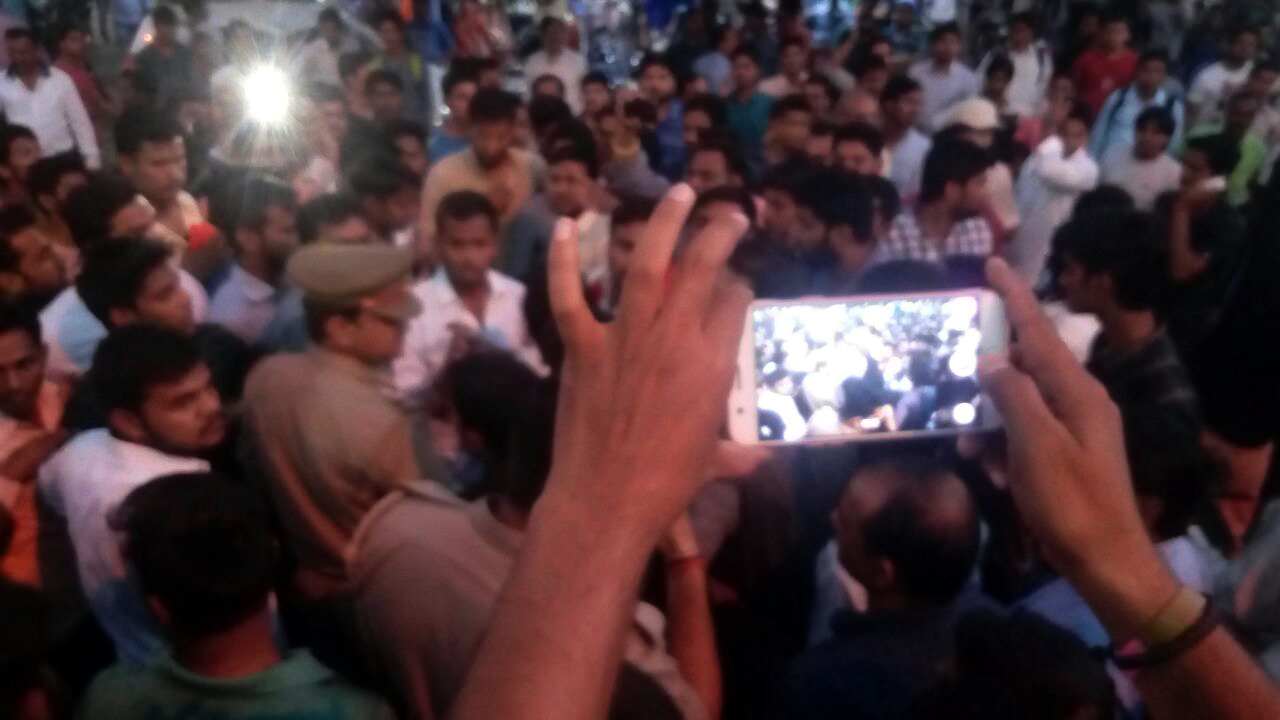 clash lucknow university students and up police