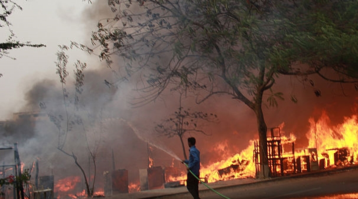 fire breaks out in lucknow