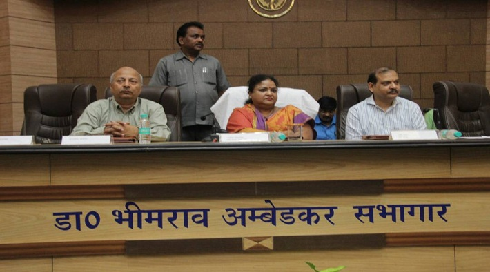 anupma jaiswal joint review meeting in revenue council auditorium lucknow
