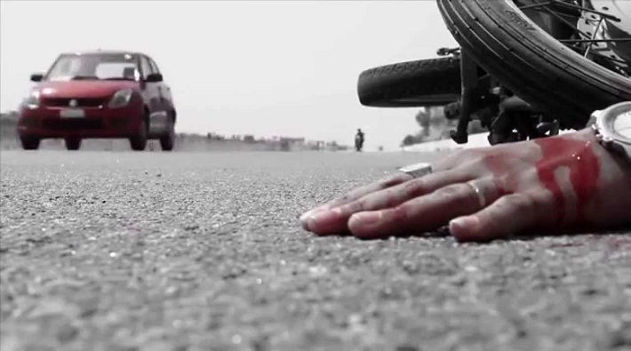 4 people died while 3 injured in road accident fatehpur