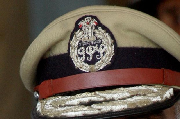 4 IPS officers