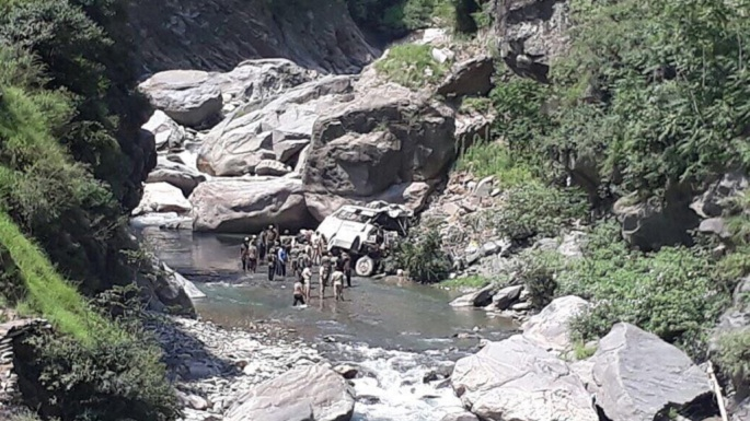 amarnath yatra pilgrims bus accident