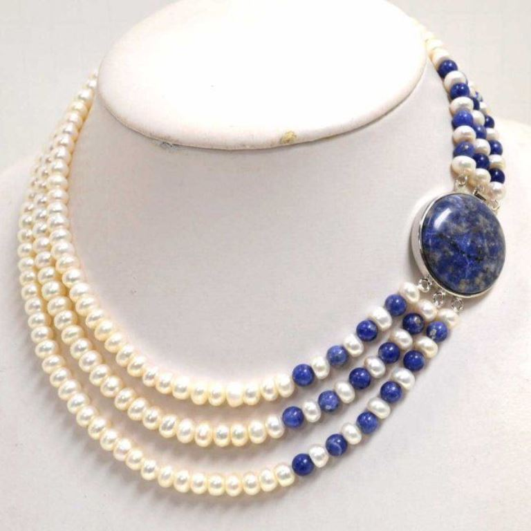 Transform your outfits with pearl, vintage necklaces