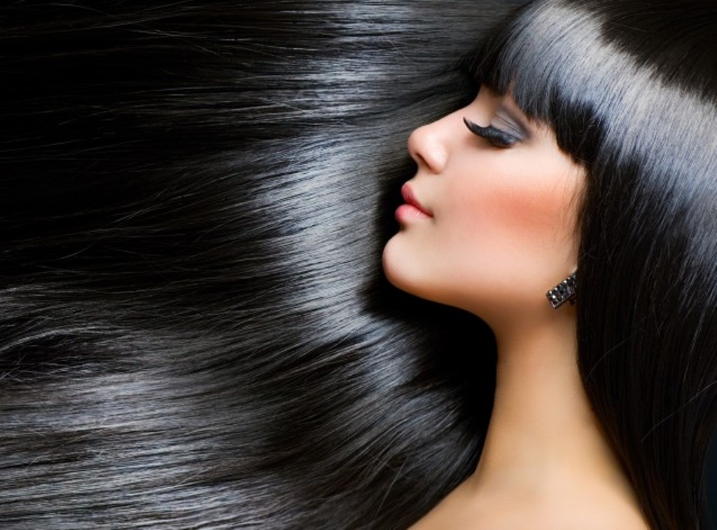 Home Remedies to keep your hair shiny in monsoon!