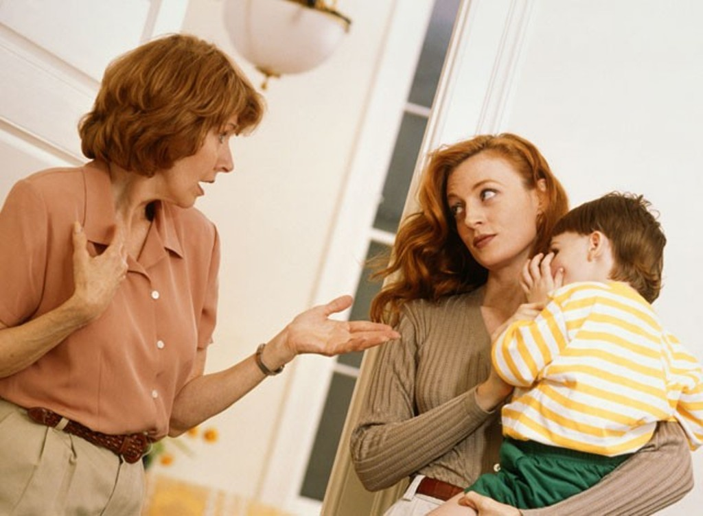 Conflicts between couples with children and in-laws!