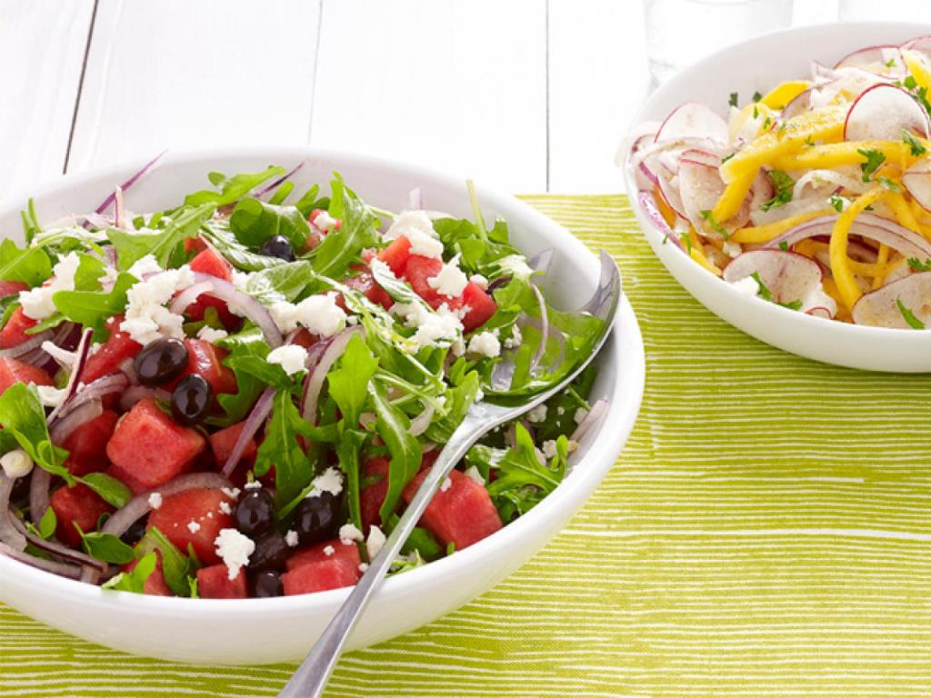 Oil in Salads may boost its nutritional benefits