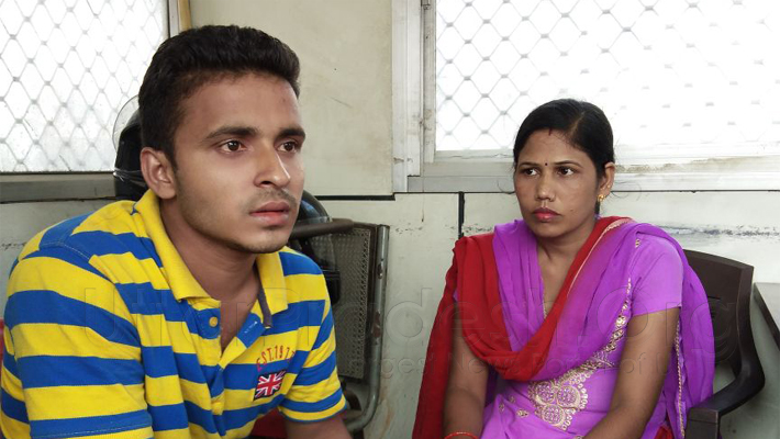 woman with lover in lucknow