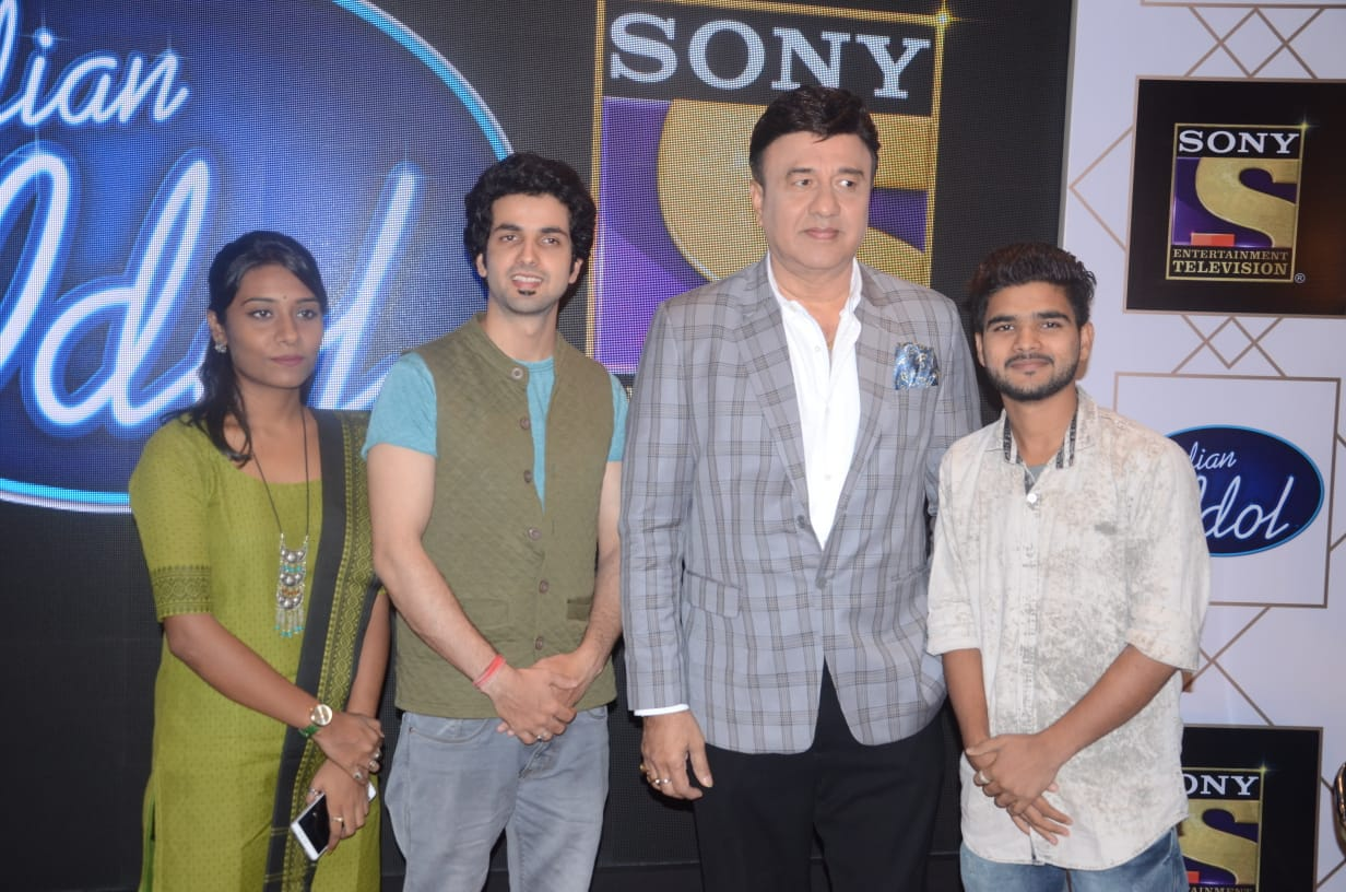 Indian Idol Season10 Anu Malik With His Contestants Visited Lucknow