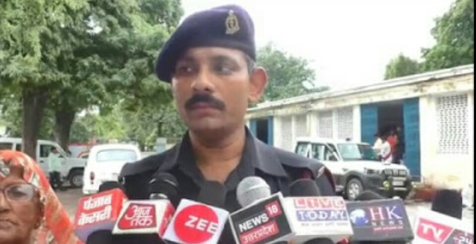 Fatehpur: Armyman's family is fed up with Goons