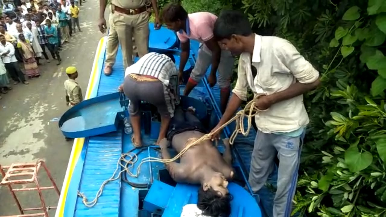Shravasti: Dead Body found in Bharat Petroleum Tanker. Brother said Its a case of Murder