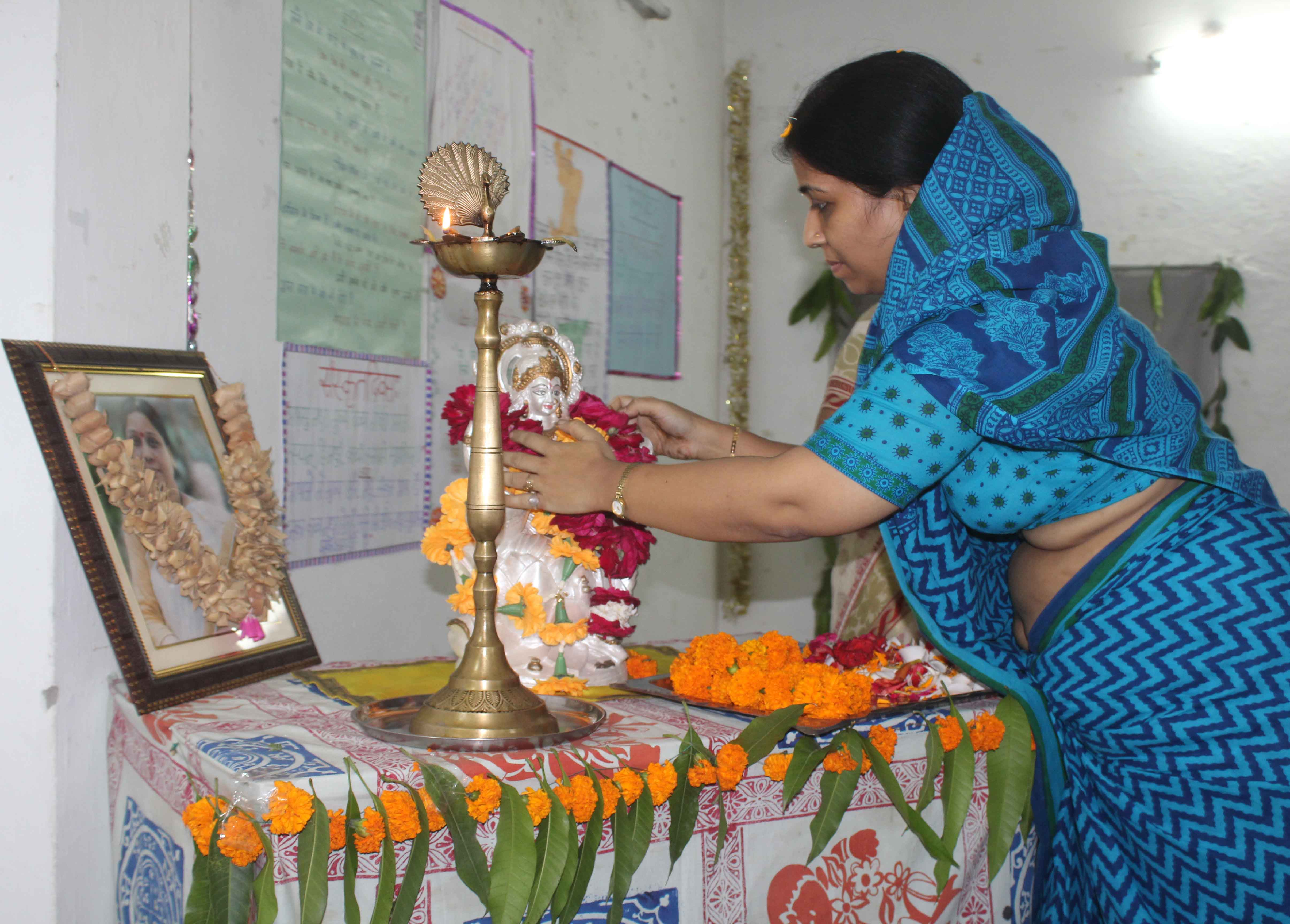Hindi Diwas Program Organized in Sri Guru Nanak Girls Degree College