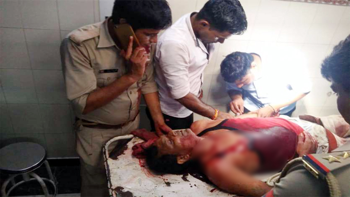 Shamli: Attack on Police team Robbed Weapons Home guards shot