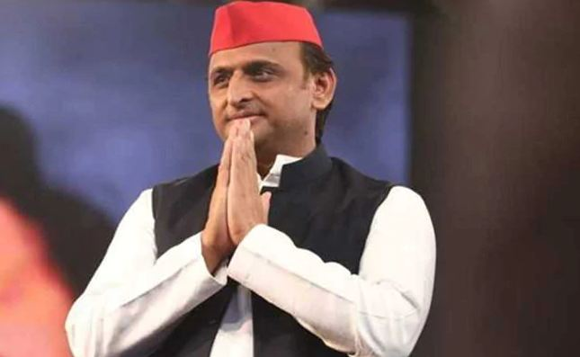 akhilesh yadav retweets