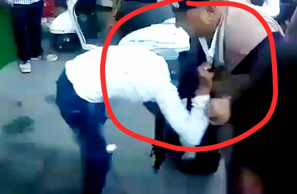 A police officer thrashed a Sikh youth by ruthlessness