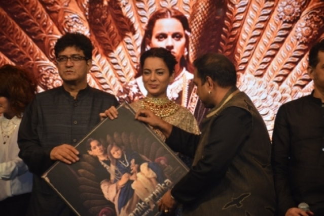 Kangana Ranaut & Prasoon Joshi at the Music Launch of Hindi Film 'Manikarnika