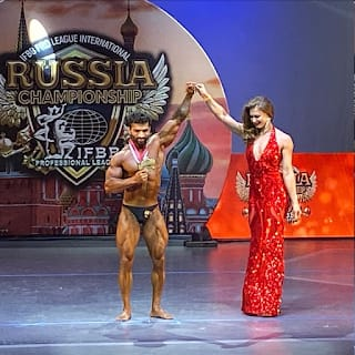 Meet The Most Famous Gold Medalist Bodybuilder From Noida Vipin Yadav